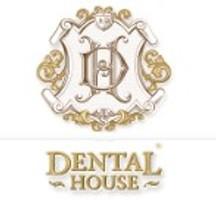 Стоматология Dental House (Дентал Хаус) на Парадной